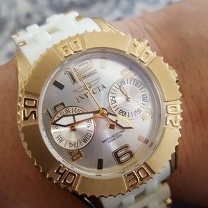 Other - Invicta sea spider collection flame fusion Crystal